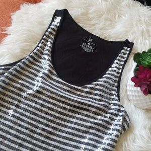 🌺NY&C Shimmer Sequins Tank Top🌺